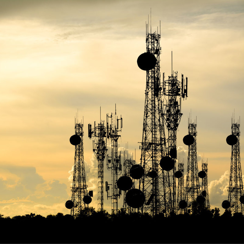 Broadcast mast towers